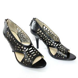 Tahari Lucie leather heels size 10M